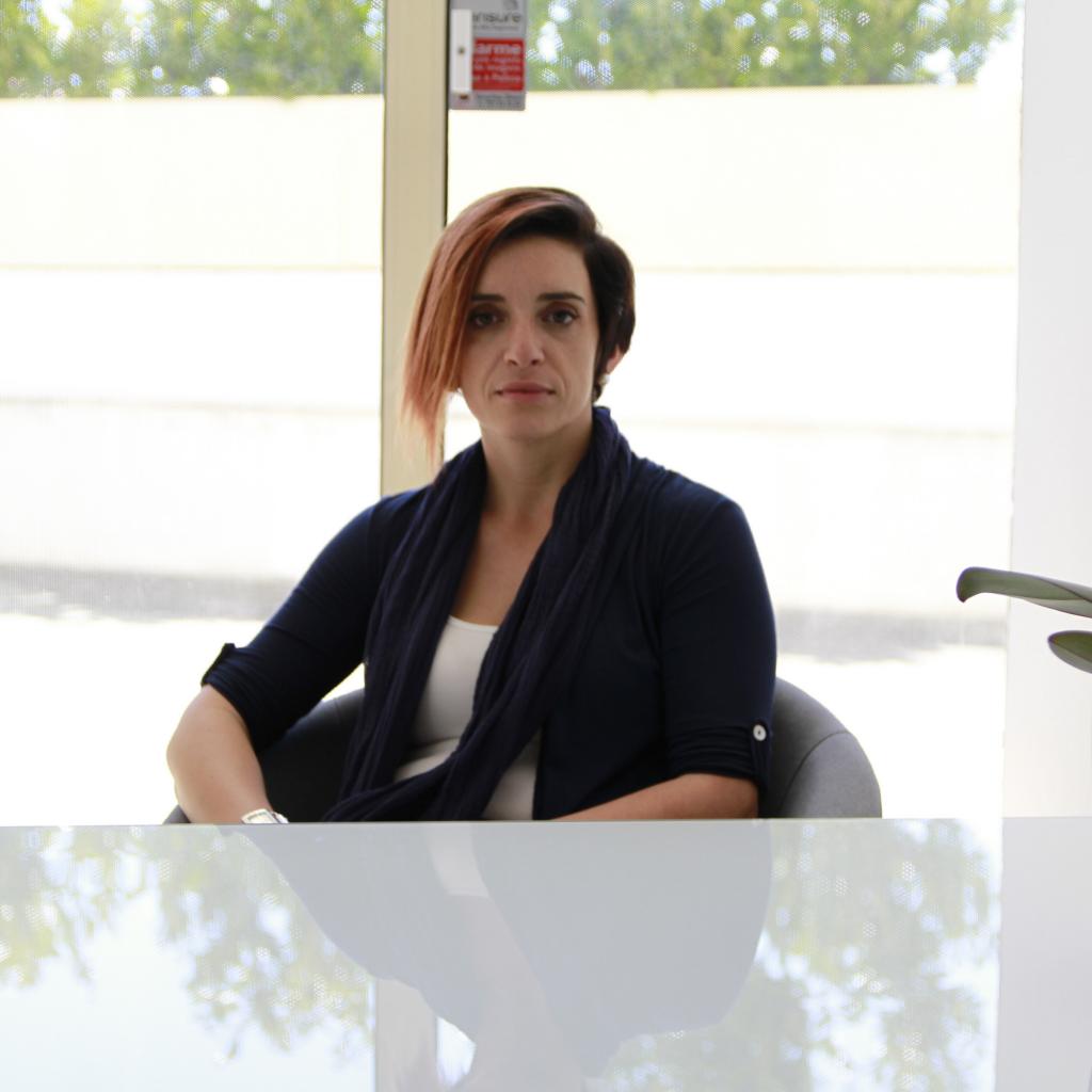 Drª. Clara Alves é Psicóloga na Ser e Crescer - Serviços Clínicos.