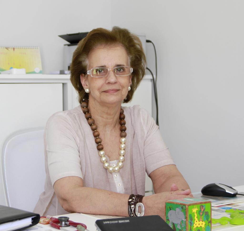 Drª. Maria João Bilelo da Ser e Crescer - Serviços Clínicos.
